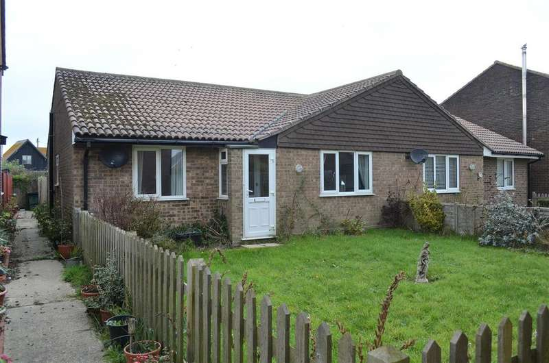 2 Bedrooms Bungalow for sale in Marchants Drive, Camber