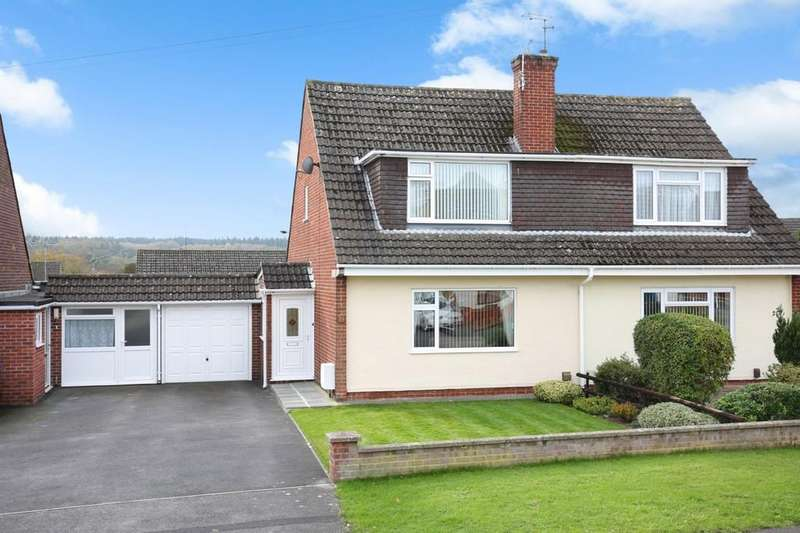 3 Bedrooms Semi Detached House for sale in St Johns Road, Warminster