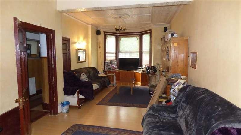 3 Bedrooms Terraced House for sale in Lea Bridge Road, Clapton