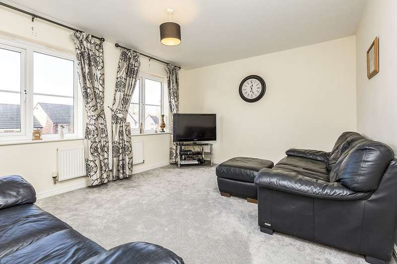 4 Bedrooms Terraced House for sale in Wesham Park Drive, Wesham, Preston, PR4