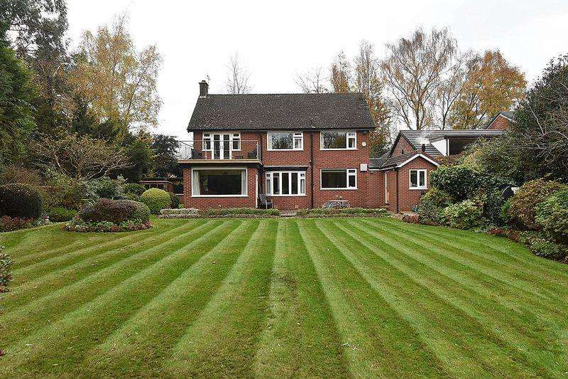 4 Bedrooms Detached House for sale in Chelford Road, Knutsford