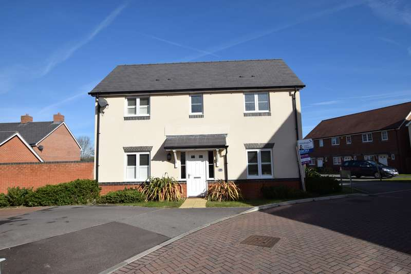 3 Bedrooms Detached House for sale in Fawn Drive, Three Mile Cross, Reading, RG7