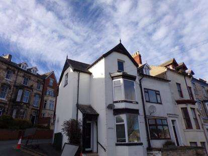 3 Bedrooms End Of Terrace House for sale in Windsor Terrace, Whitby, North Yorkshire, .