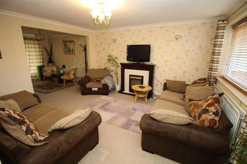 4 Bedrooms Semi Detached House for sale in Shannon Court, Newcastle Upon Tyne