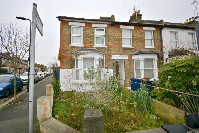 3 Bedrooms End Of Terrace House for sale in Eccleston Road, W13 0RA