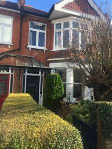 3 Bedrooms Semi Detached House for sale in Woodlands Road, Harrow
