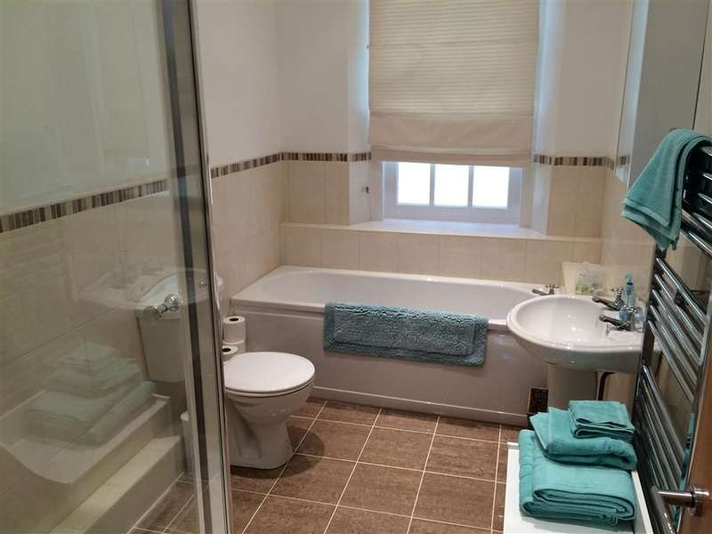 2 Bedrooms Apartment Flat for rent in The Grove, DURHAM CITY CENTRE, DH1 4LU