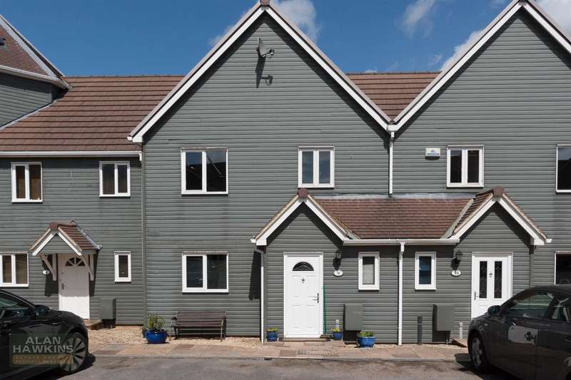 3 Bedrooms Terraced House for sale in Lakes View, The Wiltshire Leisure Village, Royal Wootton Bassett