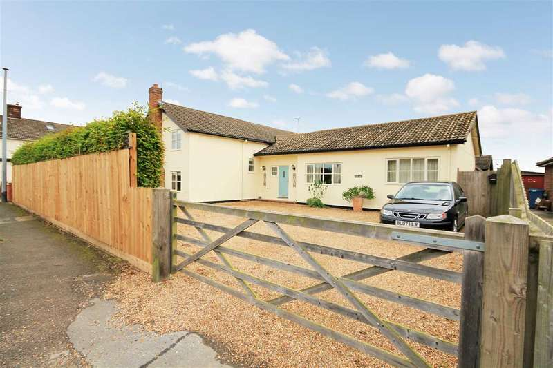 3 Bedrooms Detached House for rent in Chapel House, The Street, Shotley