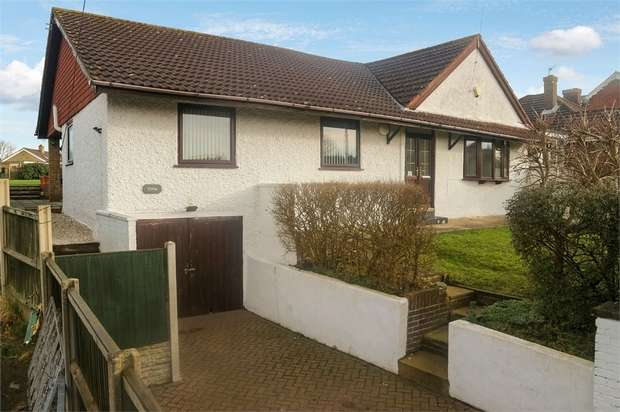 4 Bedrooms Detached Bungalow for sale in Beach Road, Hemsby, Great Yarmouth, Norfolk