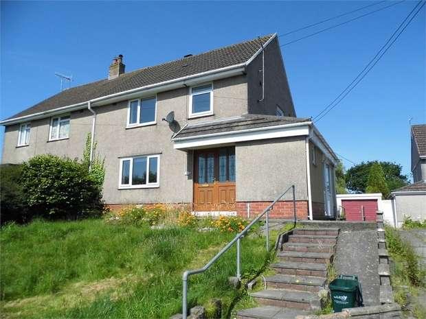 3 Bedrooms Semi Detached House for rent in Parc Richard, Llanelli, Carmarthenshire