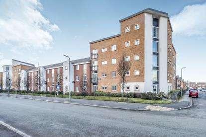 3 Bedrooms Flat for sale in Addenbrooke Drive, Speke, Liverpool, Merseyside, L24