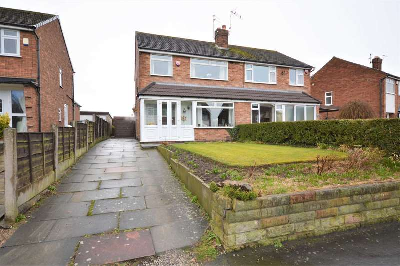 3 Bedrooms Semi Detached House for sale in BOSDEN AVENUE, HAZEL GROVE