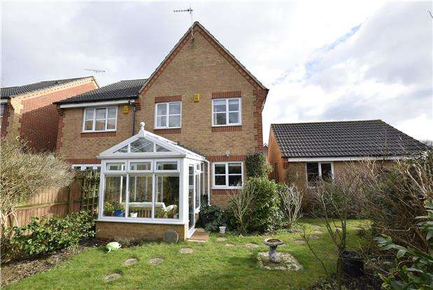 3 Bedrooms Semi Detached House for sale in Awgar Stone Road, Headington, OXFORD, OX3 7FD
