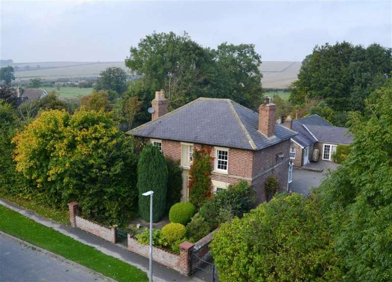 6 Bedrooms House for sale in West End, Kilham, East Yorkshire