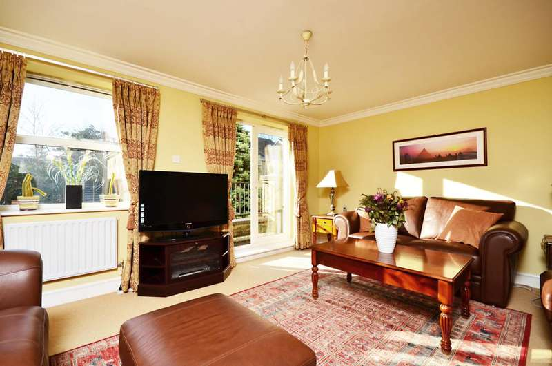 4 Bedrooms End Of Terrace House for sale in Penners Gardens, Surbiton, KT6