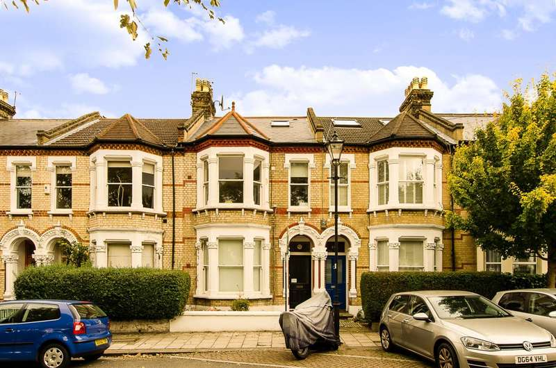 1 Bedroom Flat for sale in Holmewood Gardens, Brixton, SW2