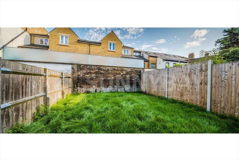 5 Bedrooms Terraced House for rent in Tooting Broadway, SW17