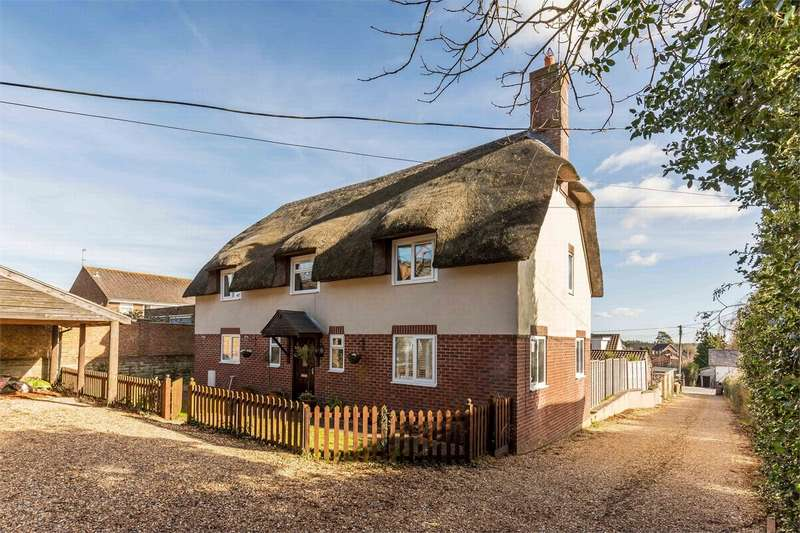 4 Bedrooms Cottage House for sale in Wareham Road, Lytchett Matravers, Poole