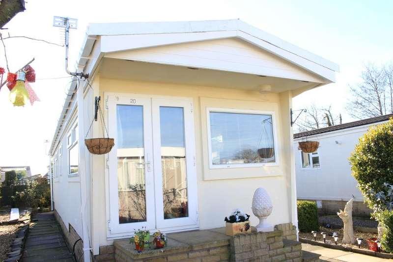 1 Bedroom Park Home Mobile Home for sale in The Close, Wyre Vale Park, Garstang, Lancashire, PR3 1PL