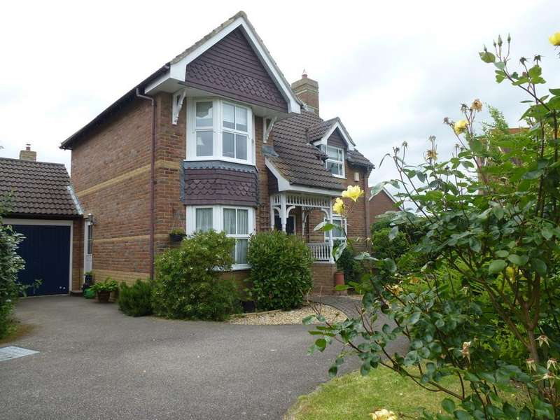 3 Bedrooms Detached House for sale in Green Lane, Paddock Wood