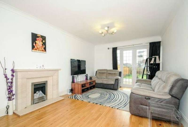 3 Bedrooms End Of Terrace House for sale in Wiltshire Lane, Pinner