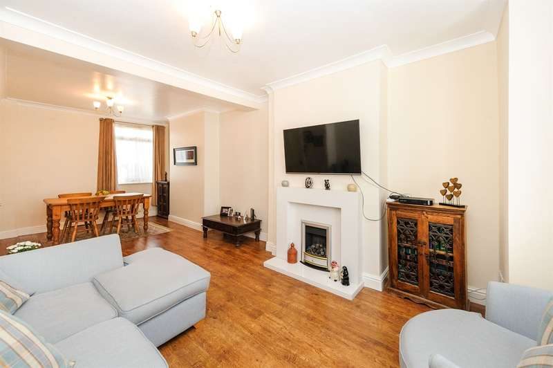 3 Bedrooms Terraced House for sale in Suffolk Place, Porthcawl