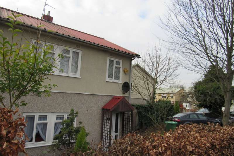3 Bedrooms Semi Detached House for sale in Greenbrow Road, Manchester, M23
