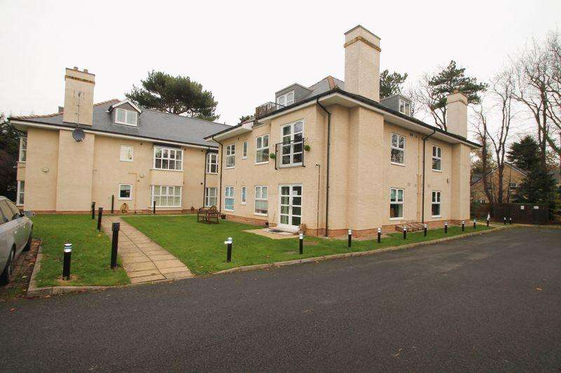 2 Bedrooms Apartment Flat for rent in The Grove, Marton