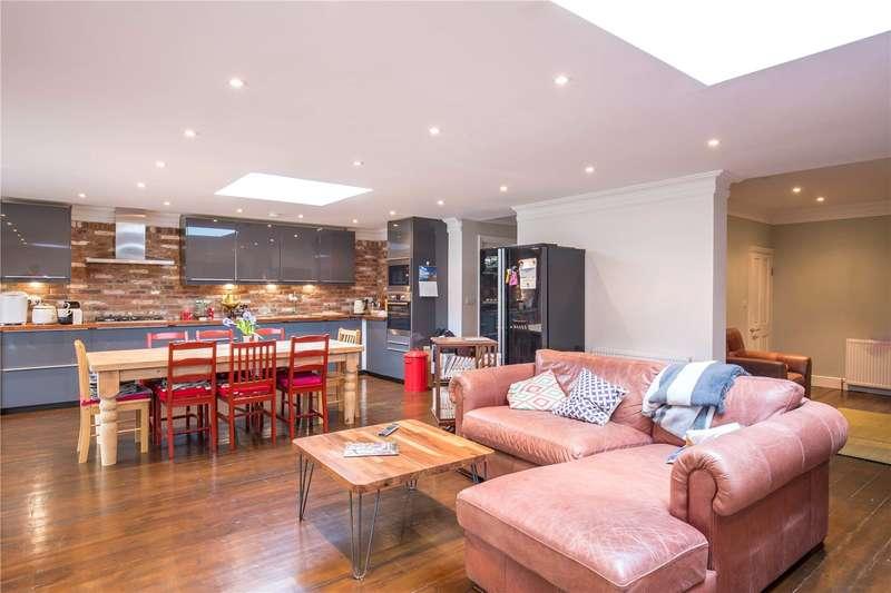 4 Bedrooms Detached House for sale in Ridgeview Road, Totteridge, London, N20