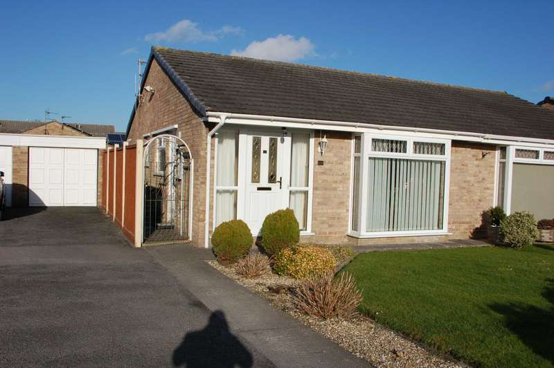 2 Bedrooms Bungalow for sale in Pear Tree Close, Bridgwater