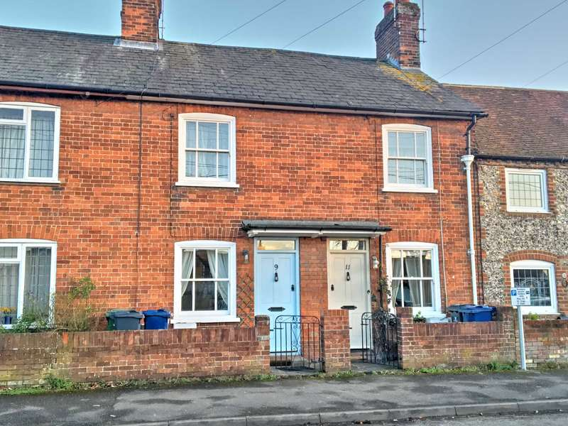 2 Bedrooms Terraced House for sale in Station Road, Princes Risborough