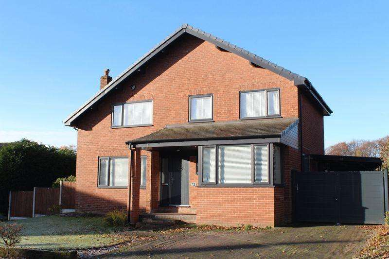 4 Bedrooms Detached House for sale in Highlands Road, Rochdale