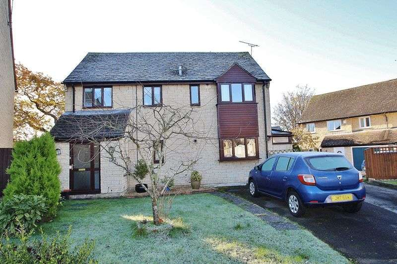 4 Bedrooms Property for sale in Oxlease, Witney