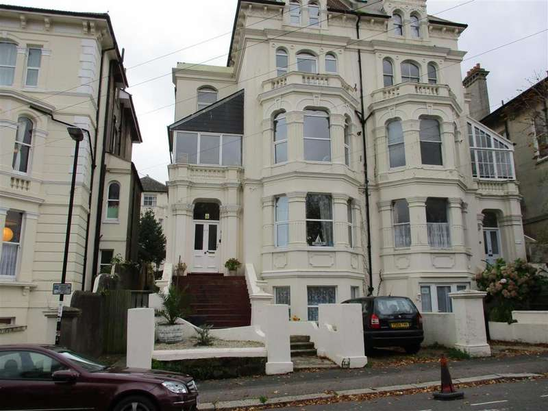 3 Bedrooms Flat for sale in Cornwallis Gardens, Hastings