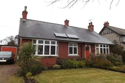 3 Bedrooms Detached Bungalow for rent in St. Martins Avenue, Bawtry, DN10