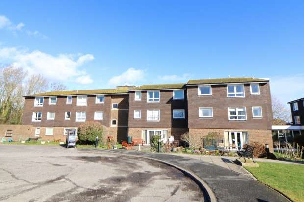 2 Bedrooms Flat for sale in Guardian Court, Brookside Avenue, Polegate, BN26