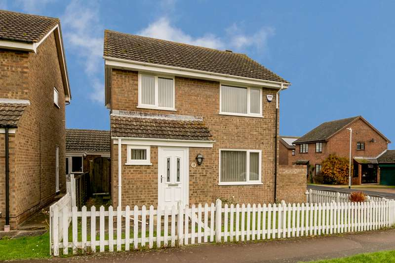 3 Bedrooms Detached House for sale in Cypress Avenue, Ashford, Kent TN23