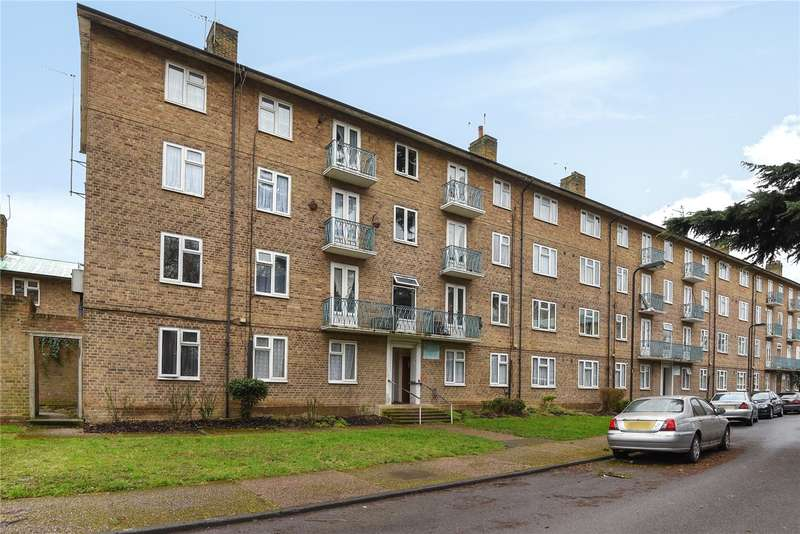 2 Bedrooms Apartment Flat for sale in Grove Avenue, Pinner, Middlesex, HA5
