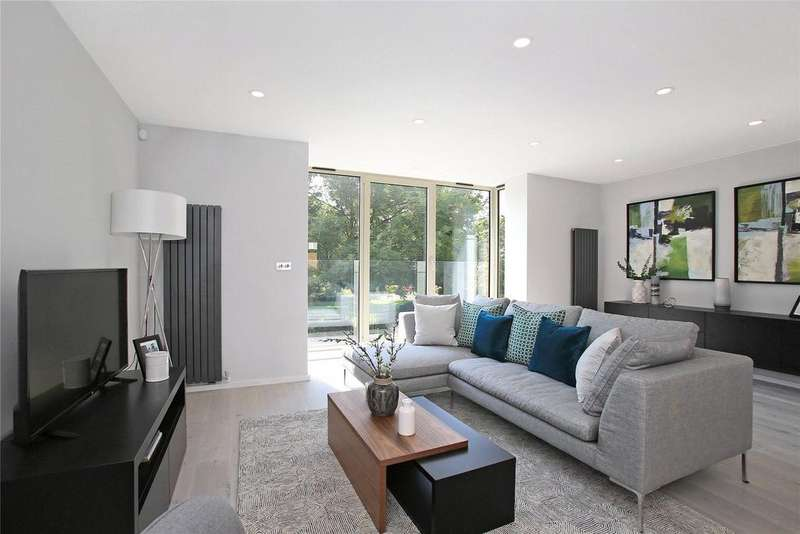 3 Bedrooms House for sale in Dockside Terrace, London, SE16