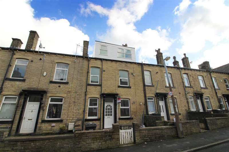 3 Bedrooms Terraced House for sale in Peabody Street, Lee Mount, Halifax