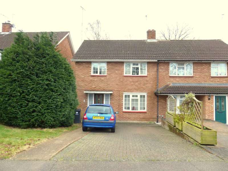3 Bedrooms Semi Detached House for rent in Claremont, Bricket Wood