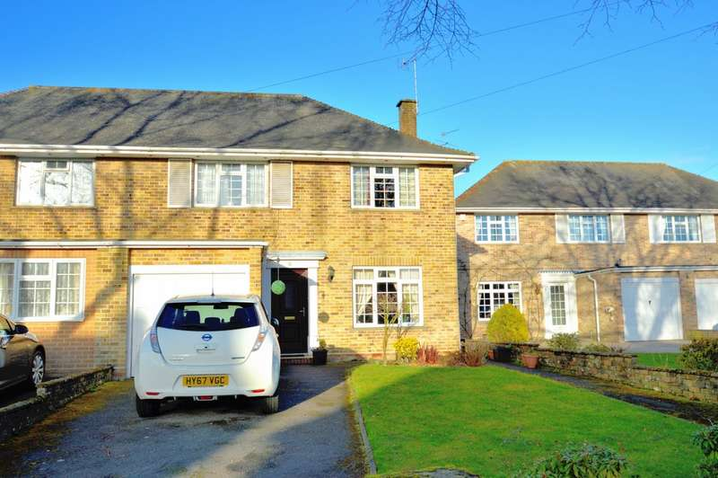4 Bedrooms Semi Detached House for rent in Scantabout Avenue, Chandler's Ford