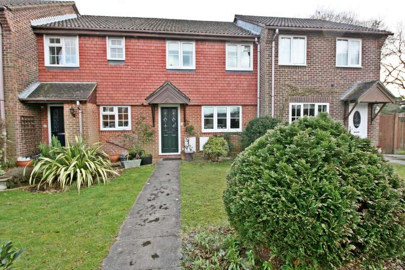 3 Bedrooms Terraced House for sale in Old School Close, Butlocks Heath, Southampton, SO31 5QJ