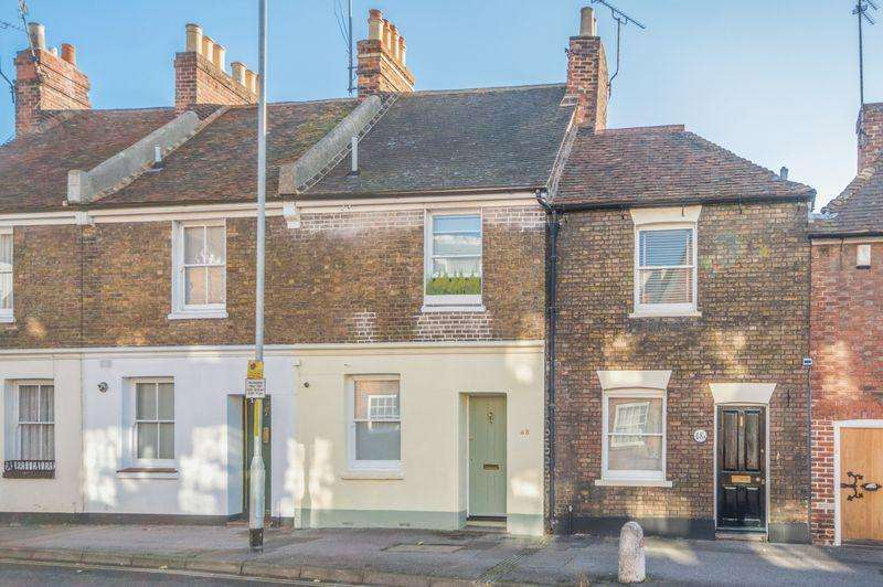 3 Bedrooms Town House for sale in Canterbury