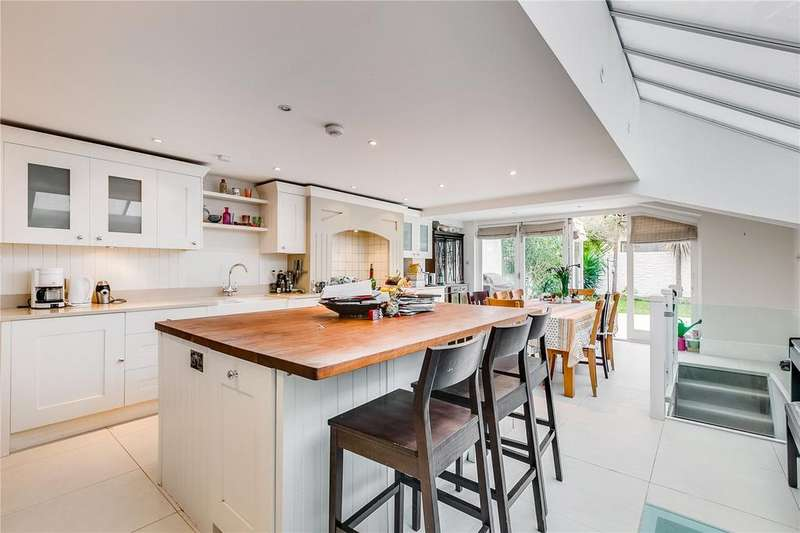 5 Bedrooms Terraced House for sale in Gowan Avenue, Fulham, London