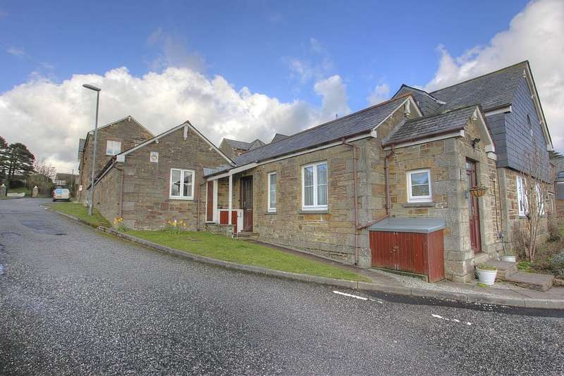 1 Bedroom Ground Flat for sale in Castle Hill Court, Cross Lane, Bodmin, Cornwall, PL31 2LE