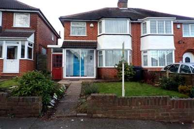 3 Bedrooms Semi Detached House for rent in Booths Farm Road B42 Great Barr