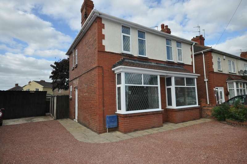 3 Bedrooms Detached House for sale in King Edward Road, Thorne, Doncaster