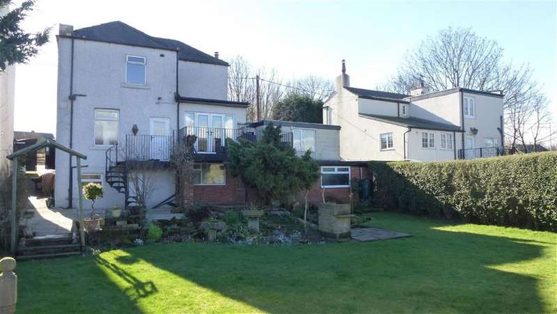 3 Bedrooms Detached House for sale in Doncaster Road, Wakefield, WF4